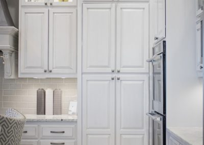 Brown Maple - Incredible White with Graphite Glaze